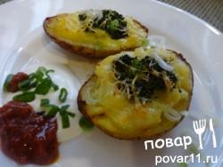 Картошка запеченая с начинкой и сливовый соус